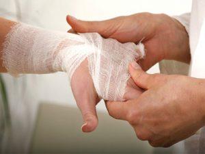 بهترین کلینیک درمان زخم در تهران